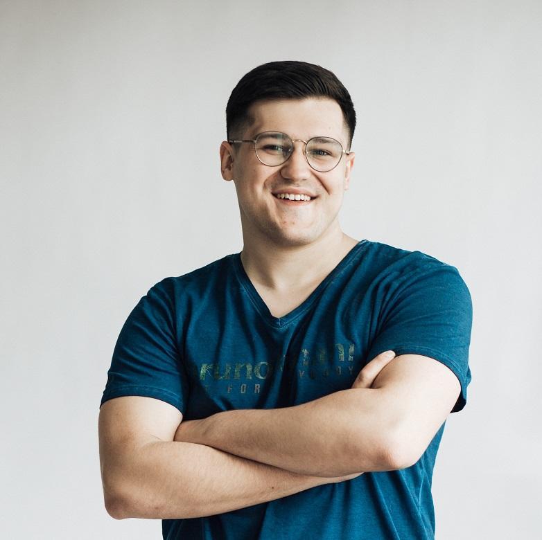 Євген Ніколаєв