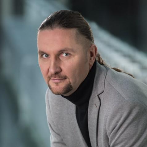 Роберт Вьеко