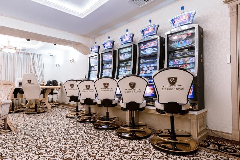 Casino royal 2.0 game8