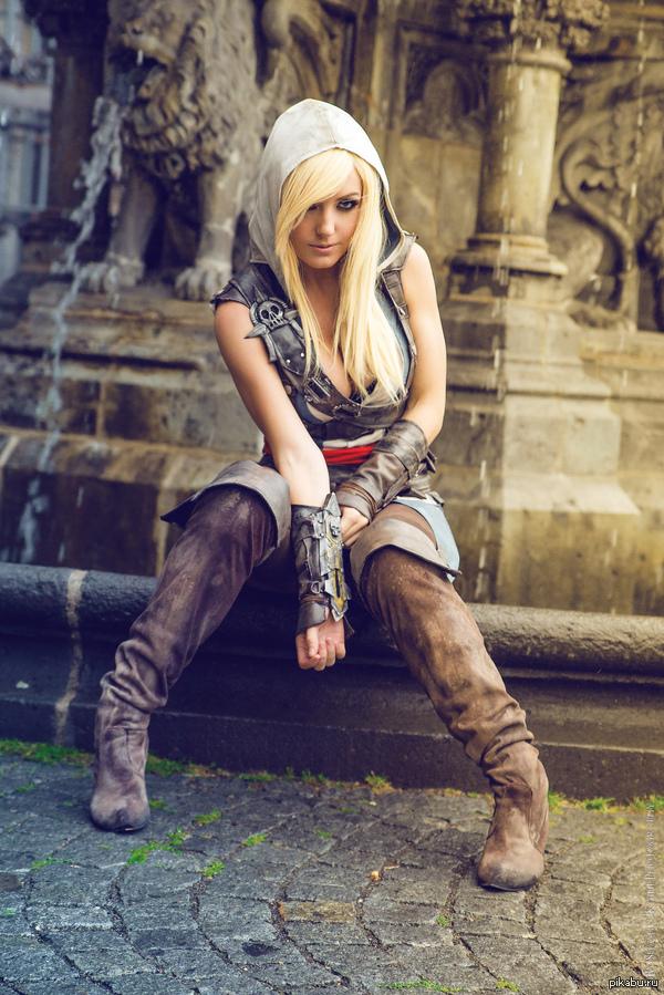 Assassin's Creed в женском исполнении: косплей по героям игры - 20