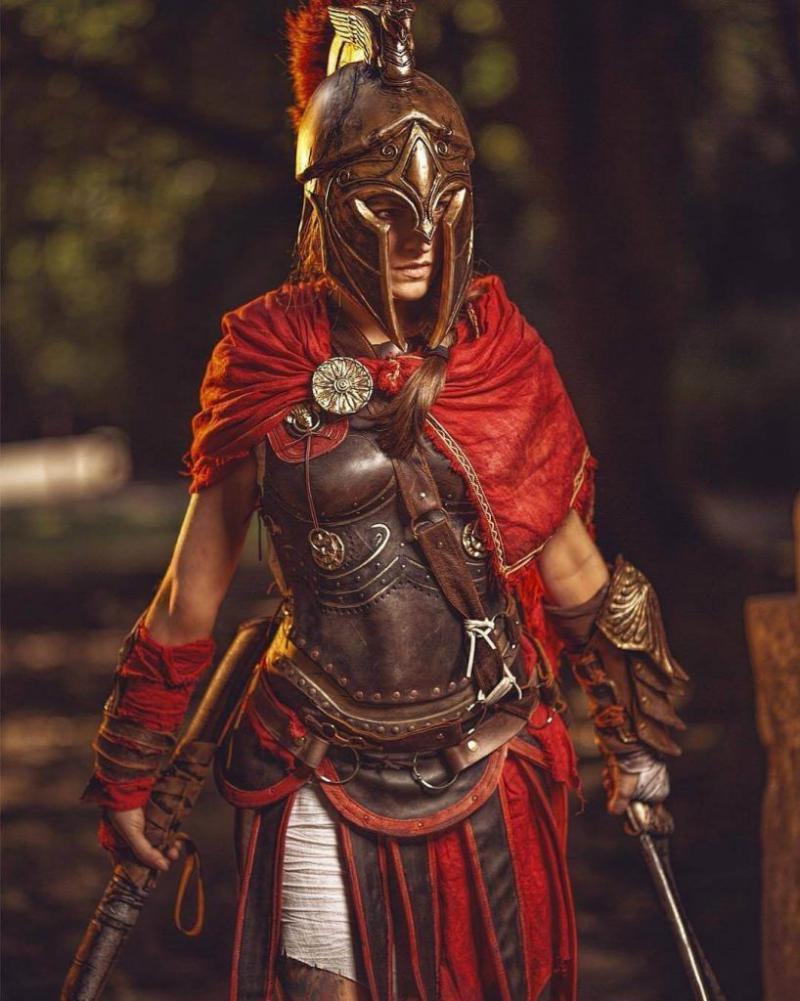 Assassin's Creed в женском исполнении: косплей по героям игры - 16