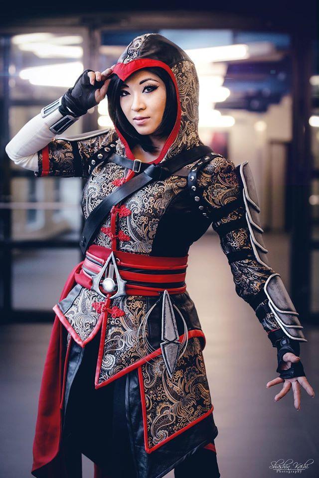 Assassin's Creed в женском исполнении: косплей по героям игры - 12