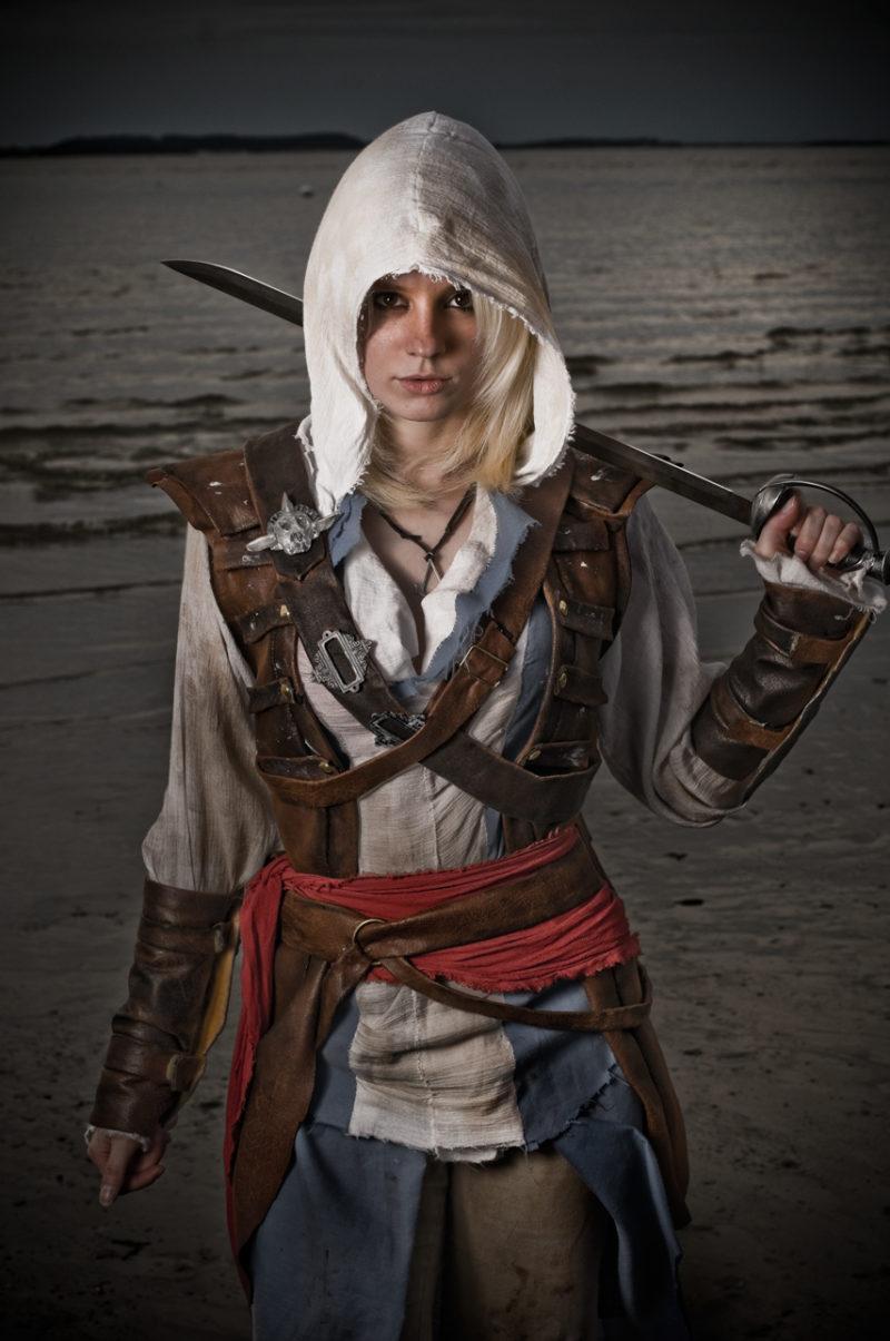 Assassin's Creed в женском исполнении: косплей по героям игры - 4