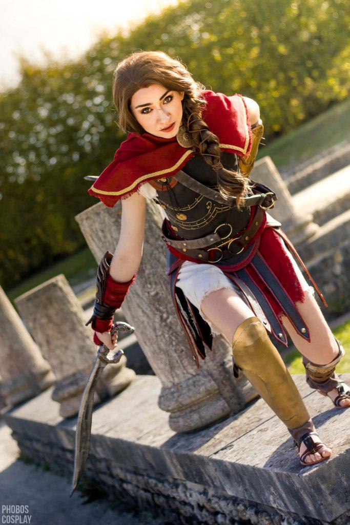 Assassin's Creed в женском исполнении: косплей по героям игры - 15