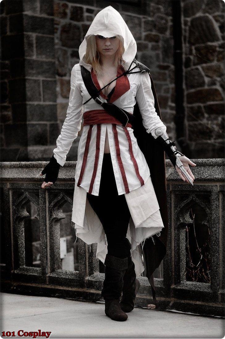 Assassin's Creed в женском исполнении: косплей по героям игры - 22