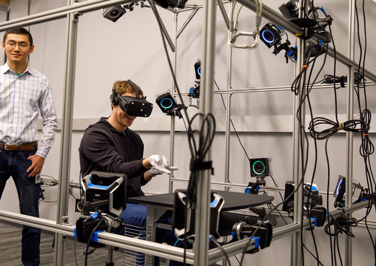 Mark Zuckerberg shared photos from Oculus VR lab - 1