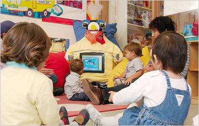 RUBI казалось, весьма успешно обучал языку, однако так и не удалось убедить детей, что это не игрушка.