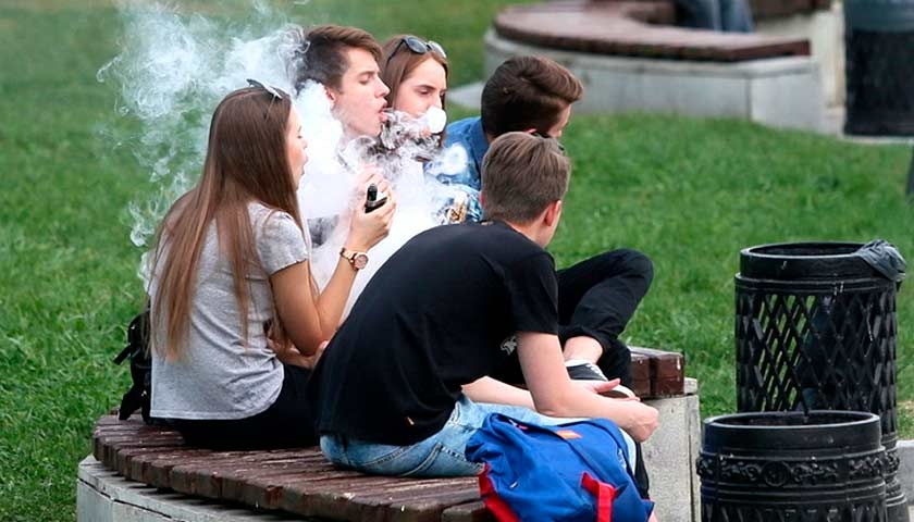 Impact of vaping on adolescent bodies