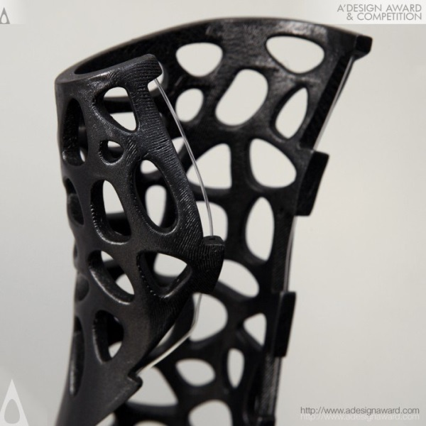 This 3D-printed cast could speed up healing, and it looks awesome - 4