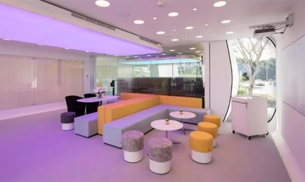 В Дубае построили первое в мире 3D-печатное здание - 6