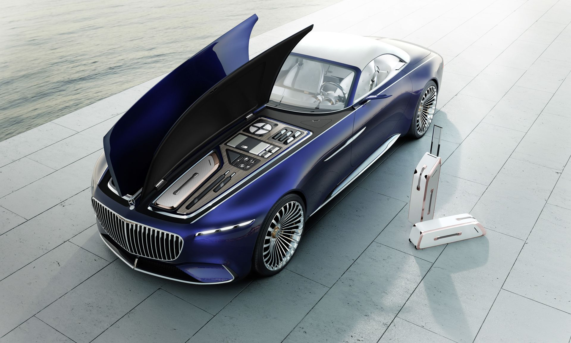 Connected Car: Mercedes-Maybach expanded its line-up with a late model  - 2